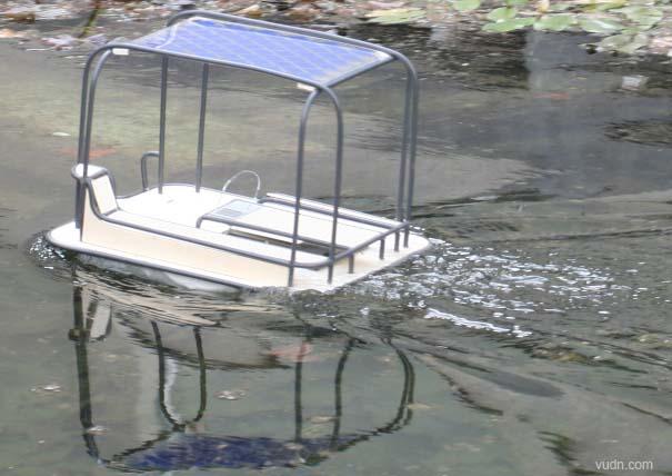 小型太阳能帆船